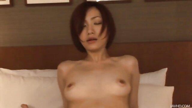 Victoria film porno gratuit lesbienne