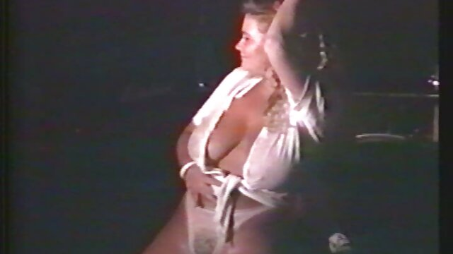 Anna Tatu film porno en francais lesbienne