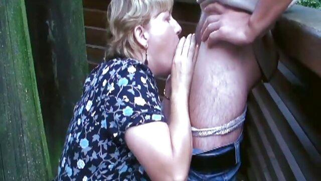 Karmen video film porno lesbienne