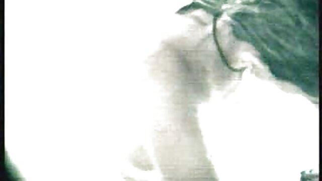 Saphira gracieuse film x amateur lesbienne